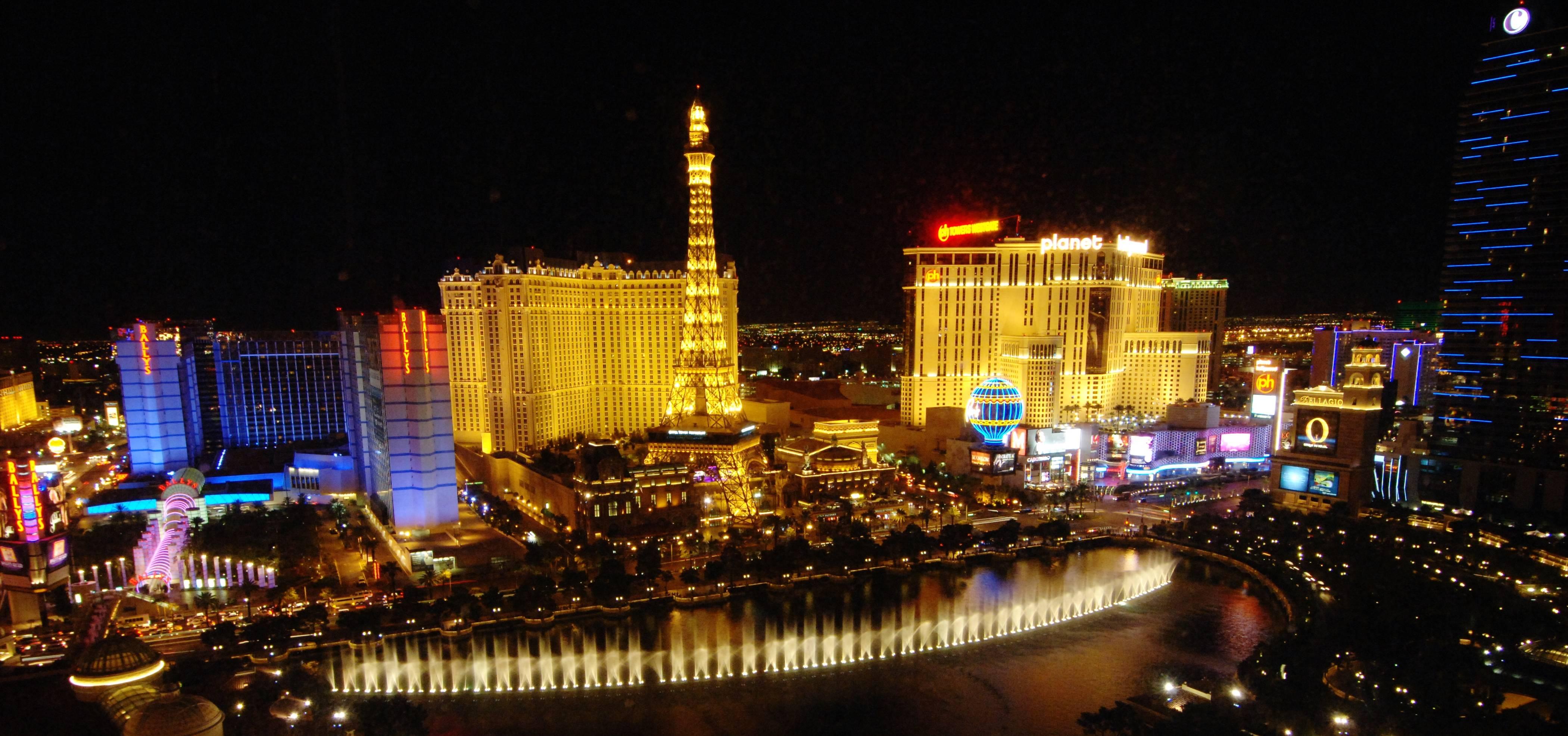 Vegas Hotel Strippers